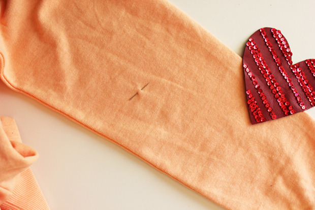 sequined_leather_heart_patch_diy_3