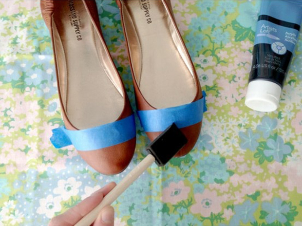painting-on-shoes-2