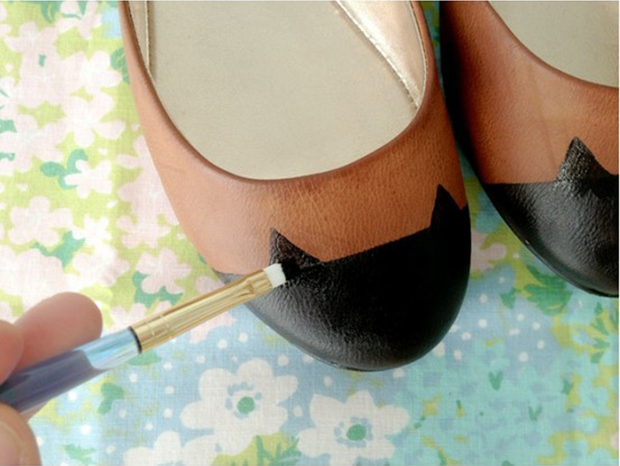 painting-on-shoes-3