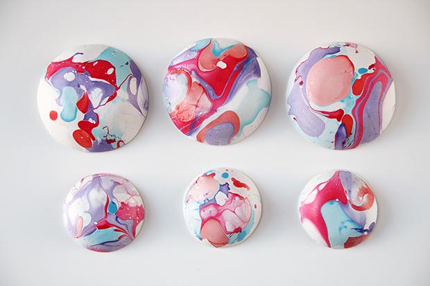nail-varnish-marbled-bowls-5